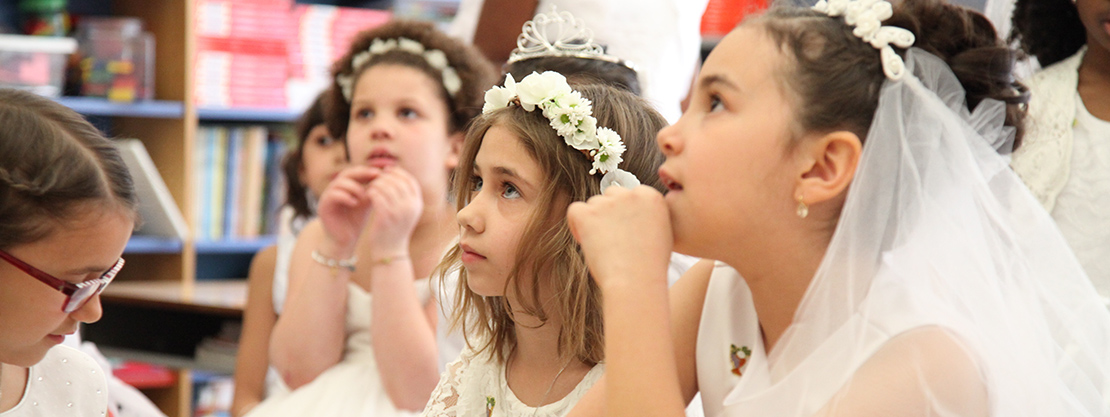 Saint_Saviour_Catholic_Academy_First_Communion_1110x417